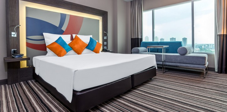 novotelbangkokimpact_executive_room_02-2-2-2
